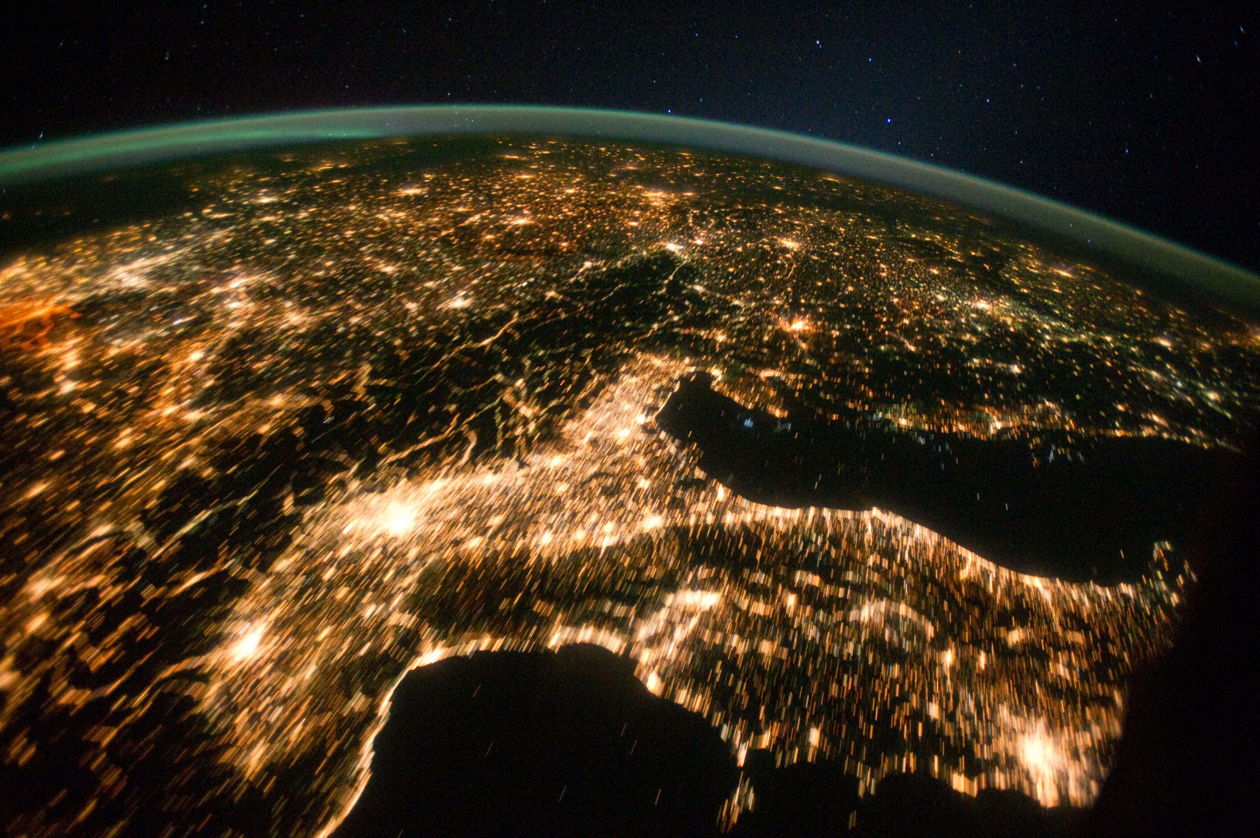 La terra fotografata dallo spazio 72